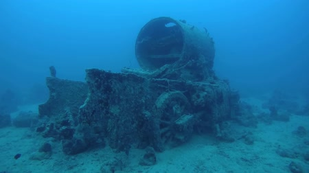 mozdony : The steam locomotive crashed on board the wreck Thistlegorm, Red Sea, Sharm el Sheikh, Egypt, Sinai