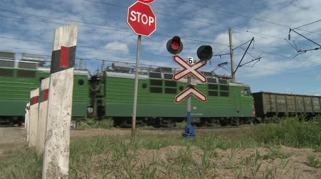 locomotiva : Railway crossing..Freight train. Freight.