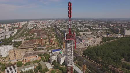 telekomünikasyon : drone flies around a Telecommunication Tower