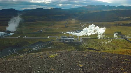 přirozeně : top view of geothermal power station in iceland near Reykjavik in sunny weather Dostupné videozáznamy