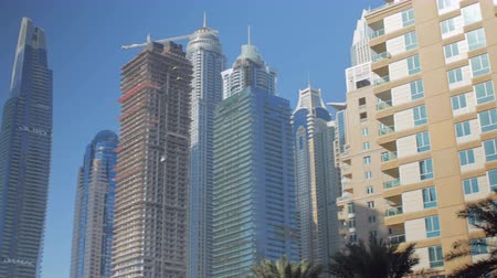 cayan tower : DUBAI, U.A.E. - JAN, 2018: panorama of buildings in Dubai Marina area