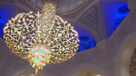 grand mosque : ABU DHABI, U.A.E. - JAN, 2018: Sheikh Zayed Grand Mosque, interior, half round panoramic view on ceiling