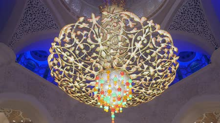 grand mosque : ABU DHABI, U.A.E. - JAN, 2018: Sheikh Zayed Grand Mosque, view on amazing exclusive unique chandelier