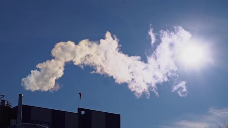 dioksit : Smoke from a pipe factory