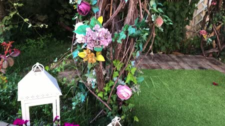 Wedding party flower decor in the summer garden