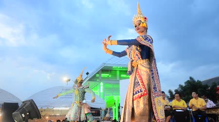 supremo : People dancing supreme thai mask or Khon dance drama thai style for show in traditional culture thai festival at Tha Nam Non in Nonthaburi, Thailand