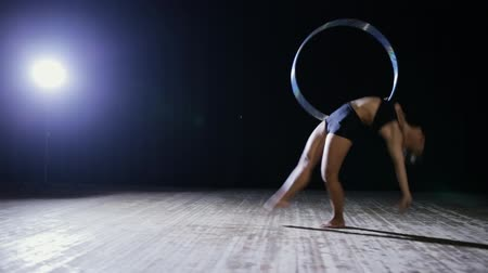 gimnastyka : Art gymnastics. Woman with hoop. Wideo