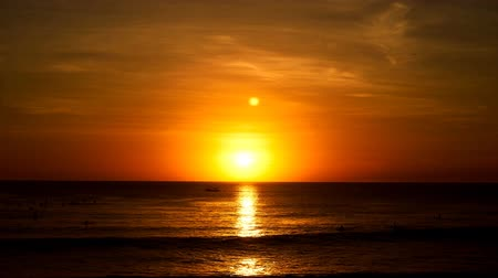 setting : Sunset over Ocean of Beautiful Orange in cinemagraph style
