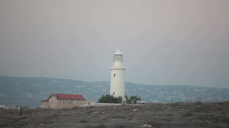 világítótorony : Lighthouse on hill of Cyprus island  next to Paphos city, Mediterranean sea