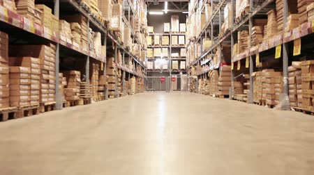 paketleme : Storehouse of goods in wholesale shop