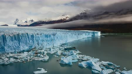 glacier national park : Glacier Perito Moreno National Park in autumn. Argentina, Patagonia