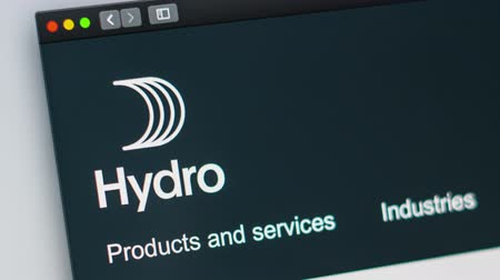 mondo : Miami  USA - 04.28.2019: Hydro company website homepage. Close up of Hydro logo. Can be used as a website for websites, good for info, business or marketing concept. Filmati Stock