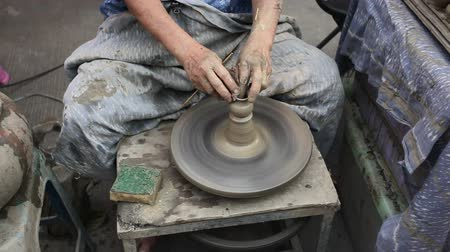 rodas : Potters Wheel - Small Pot