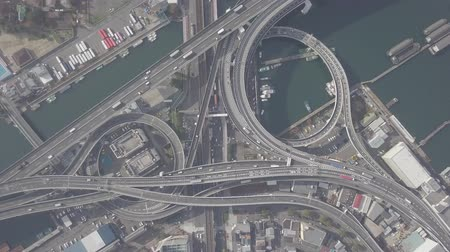 автомагистраль : Top view zoom in over the highway, expressway and highway, Aerial view interchange of Osaka City, Osaka, Kansai, Japan