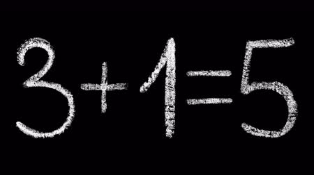 soma : 3 + 1 = 5, buy 4 get 1 free, 5 = 4 promo action, handwritten white chalk letters isolated on black background, hand-drawn chalk lettering animation, stock video in 4k resolution Vídeos