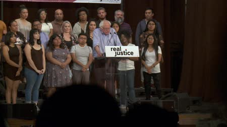 rali : DYSFUNCTIONAL AND DESTRUCTIVE. Bernie Sanders on how the system affects peoples lives. June 2nd, 2018 at the Rally for Justice in downtown Los Angeles, California. Stock Footage