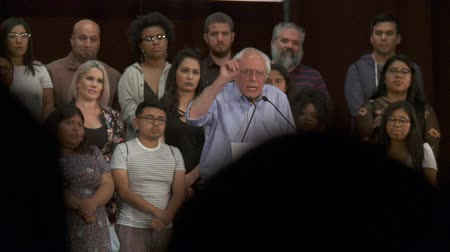 Bernie Sanders on Marijuana Usage. Bernie Sanders cites statistics for whites and blacks. June 2nd, 2018 at the Rally for Justice in downtown Los Angeles, California. Wideo