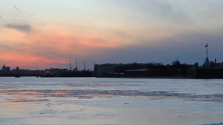 peter and paul fortress : Sunset on the Neva River in St. Petersburg, Russia. Full HD
