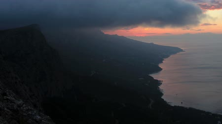 krím : Timelapse sunrise in the mountains MerdvenKayasy. Crimea Russia. FULL HD Stock mozgókép