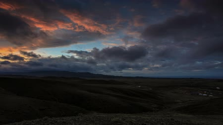 préri : Colorful sunset over the mountains Gurvan Saikhan of southern Mongolia. Full HD. Stock mozgókép
