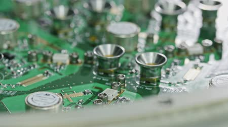 ellenállás : Close up of manual soldering of a large circuit board