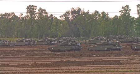 cease fire : Gaza, April 6th 2019. IDF tanks lined up in combat formation near the border Stock Footage