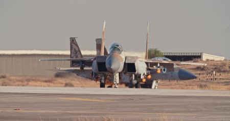 sólyom : Israeli Air Force F-15 taxiing on the runway before takeoff