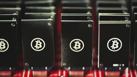 cryptocurrency : Bitcoin mining USB devices on a large USB hub.