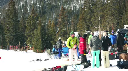 janeiro : Arapahoe Basin, Colorado, USA-January 18, 2015. Mid season skiing at Arapahoe basing ski resort.