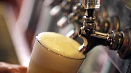 piwo : Close up of beer lines for draft beer in restaurant.