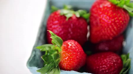 йогурт : Ingredients to make smoothie with plain yogurt and fresh berries on the table.