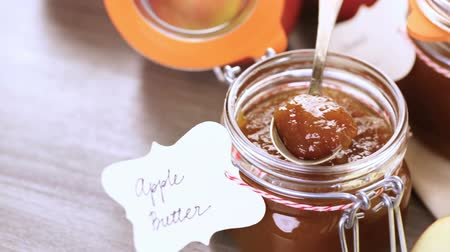 shovívavost : Homemade apple butter prepared from organic apples.