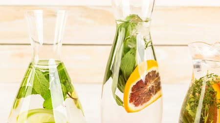 körítés : Detox citrus infused water as a refreshing summer drink.