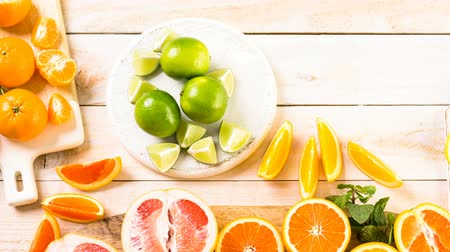 rubi : Variety of citrus fruit including lemons, lines, grapefruits and oranges.