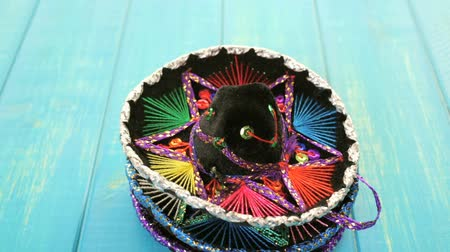 chapéu : Traditional colorful table decorations for celebrating Fiesta.