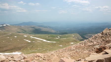 olho : Aerial view from the top of Mount Evans. Vídeos