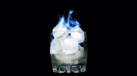 wódka : Blue flame - Burning Ice in Glass