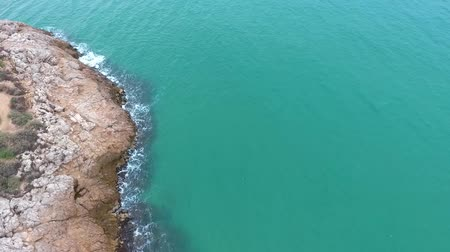moloz : Rocky coast of the Mediterranean sea. Aerial view. Stok Video