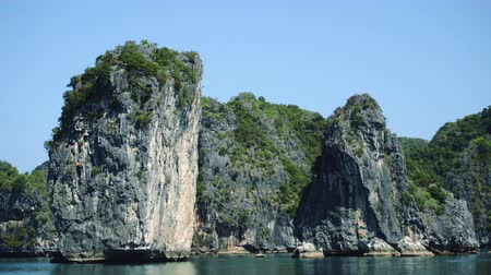 ba : Beautiful View Of Rock Island In Halong Bay, Vietnam.