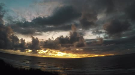 geniş açılı : Timelapse: sunset at Bali, above the ocean Stok Video