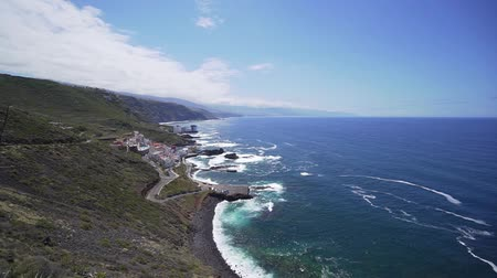 magasság : Beautiful view from above of the ocean and coast on a sunny day, Tenerife, vacation and holidays Stock mozgókép