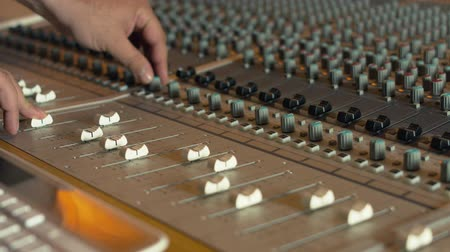 kayıt : Recording studio mixing console