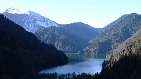 quiet evening : Lake Ritsa and the Caucasus mountains in Abkhazia Stock Footage