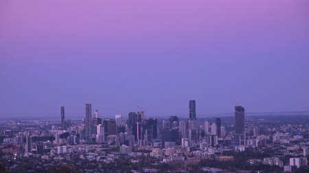 gezi : View of Brisbane City from Mount Coot-tha at sunset. Queensland, Australia. Stok Video