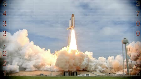 contagem regressiva : Launching of a rocket into space with countdown,  Video clip Vídeos