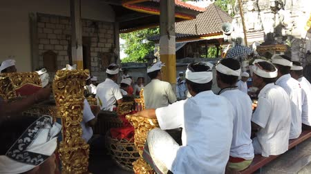 sarcophagus : NUSA Penida, PROV. BALI, INDONESIA - AUGUST 19th 2015: Music file on mens Hindu ceremony, August 19th 2015 Toyopakeh, Nusa Penida, Bali
