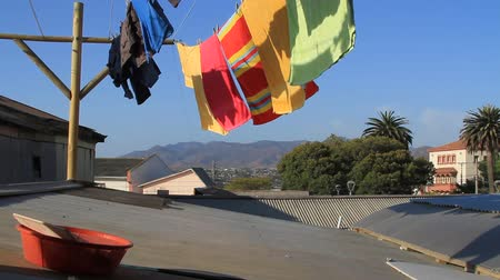 toalha : Towels fluttering in wind