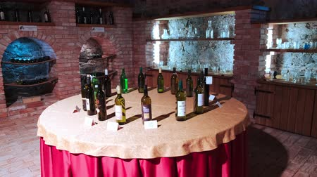 детали : Slovenska Bistrica, Slovenia - Sept 9 2019: Wine exhibition by local wine growers in the cellar of the castle in Slovenska Bistrica, Slovenia