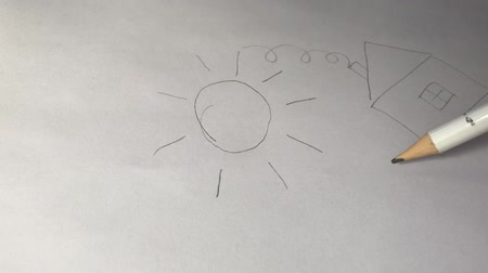 exercício : Artists draw a wooden pencil, draws the sun, house and tree on paper. Vídeos