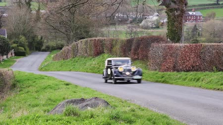 veterano : A 1934 Bentley 3.5 climbs Southwaite Hill in Cumbria, England.  The cars are taking part in the 11th Flying Scotsman Rally, a free public-event.